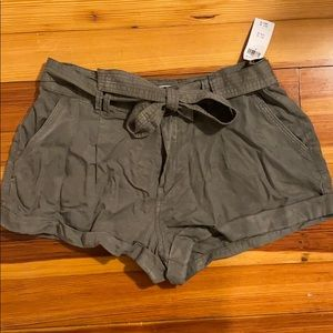 Abercrombie and Fitch green shorts NWT
